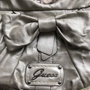 Guess Bags - 🚨2/$20🚨Large Vintage Guess Bag
